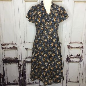 Vintage 1970s TROLLEY CAR cute floral flare dress